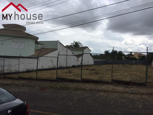 Lote 1200m²