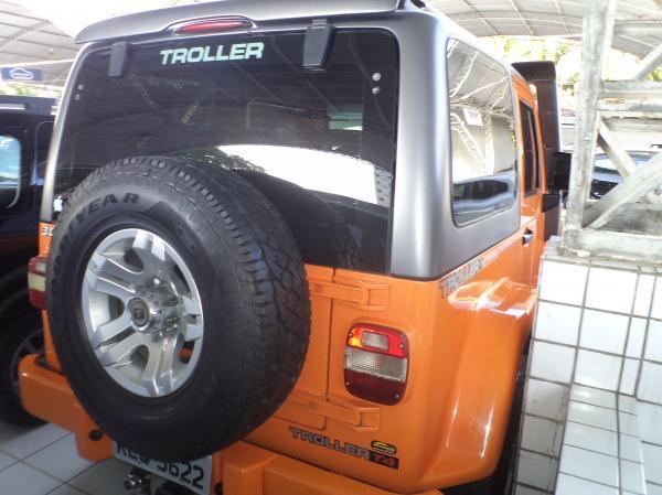 Troller T 4